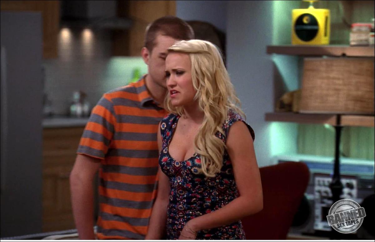 Emily Osment naked celebrities free movies and pictures!